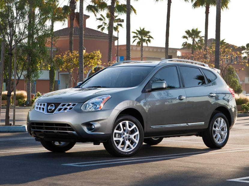 Nissan Quest Interior furthermore Nissan Armada Shares Body On Frame Chassis With The Patrol Y besides Nissan X Trail X additionally Image as well Chrysler Town And Country Limited Minivan Trunk. on 2016 nissan quest van